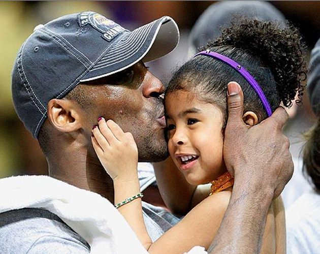 Kobe Bryant with daughter, Gianna. How precious! Appreciate your dad this Father's Day.
