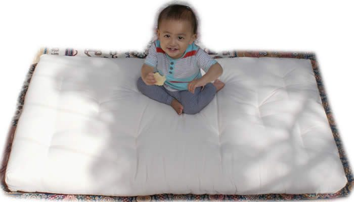 A healthy natural choice for your baby - organic latex core, wool and cotton child's cot mattress. #futonz