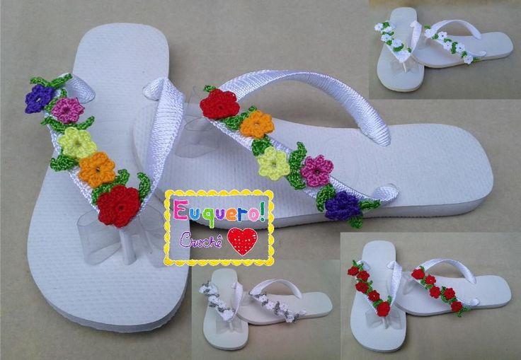 Havaianas Top enfeitadas com flores de crochê. <br>Fazemos em várias cores e tamanhos. <br>Feitas com carinho utilizando linhas 100% polipropileno. <br>Tire suas dúvidas antes de comprar!