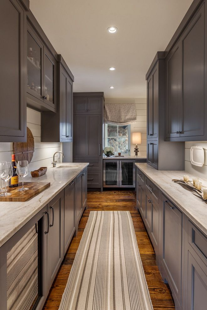 Interior Design Ideas This is a butlers pantry directly behind the kitchen cooktop wall