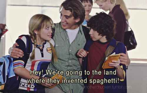 "126 Thoughts You Have While Watching ""The Lizzie McGuire Movie"" For The First Time"