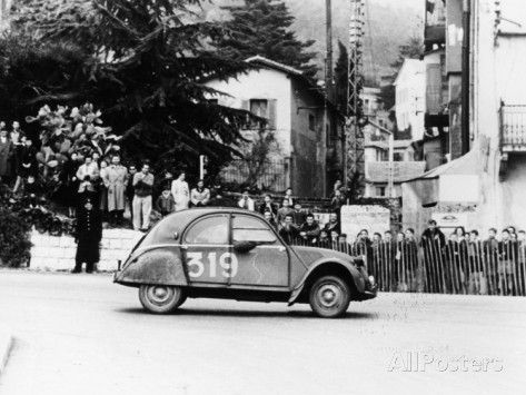 A Citroën 2CV in the Monte Carlo Rally, 1954 Fotoprint
