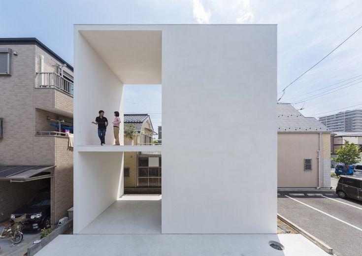 Architecture we liek / Japan / Qube / White / at Little House Big Terrace — Minimalissimo