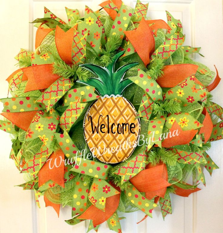 Deco Mesh Summer Wreath with Pineapple, Deco Mesh Mother's Day Wreath, Pineapple Wreath, Welcome Wreath, Spring Deco Mesh Wreath by WruffleWreathsbyLana on Etsy