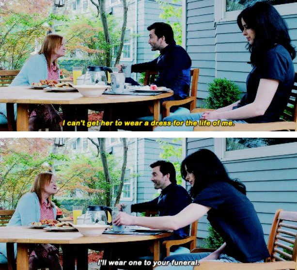 Funny scene from Jessica Jones. David Tennant is bae.