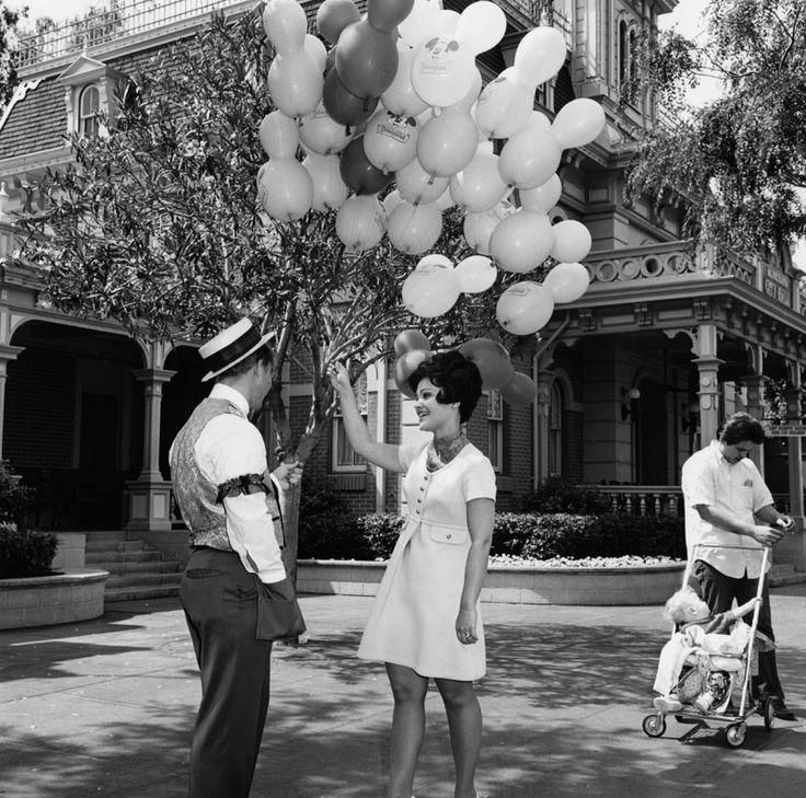 fashion  vintage Disneyland