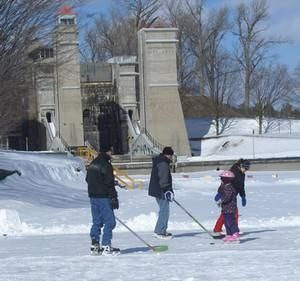 Days Out Ontario | Skate the Trent Canal, Peterborough, Ontario