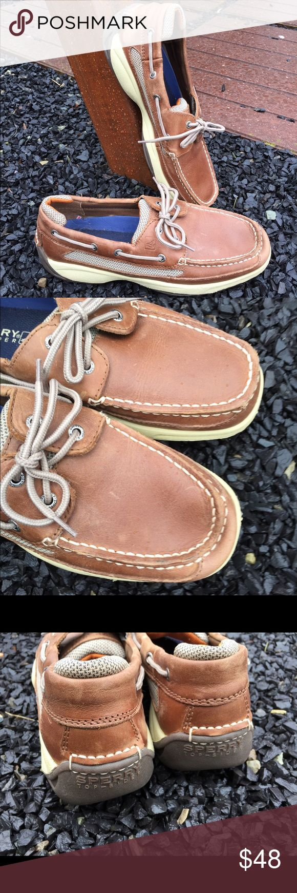 Sperry Top-Sider Mens Leather Boat Shoes Size 9.5 Size 9.5. Worn once. Be sure to view the other items in our closet. We offer  women's, Mens and kids items in a variety of sizes. Bundle and save!! We love reasonable offers!! Thank you for viewing our item!! Sperry Top-Sider Shoes Boat Shoes