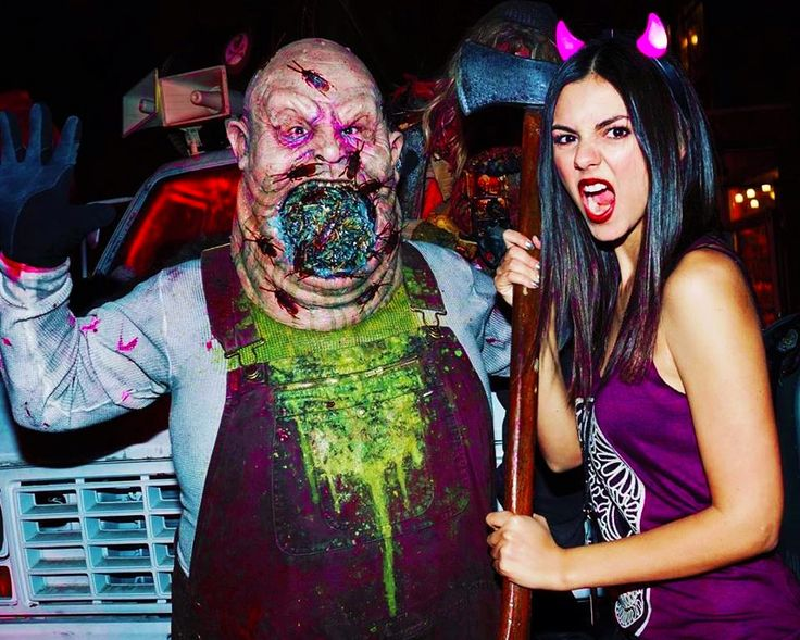 victoria justice universals halloween horror night october victoria justice latest photos - Hours Halloween Horror Nights