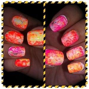 My first Saran Wrap nail!