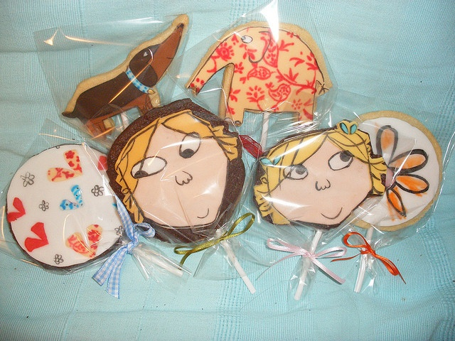 Charlie and Lola Cookies:  if your kids have never watched this show.... Find it at your local library or online... Great for brothers AND sisters :)