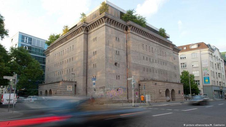 Wohnen in einem Bunker aus der Nazi-Zeit - das klingt nach wenig Tageslicht und tragischen Geschichten, denn früher suchten die Menschen hier Schutz vor Bombenangriffen. Doch heutzutage entstehen hier moderne Wohnungen.