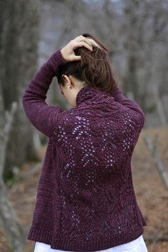 Ravelry: Recoleta pattern by Joji Locatelli Knit this in a color similar to the one shown