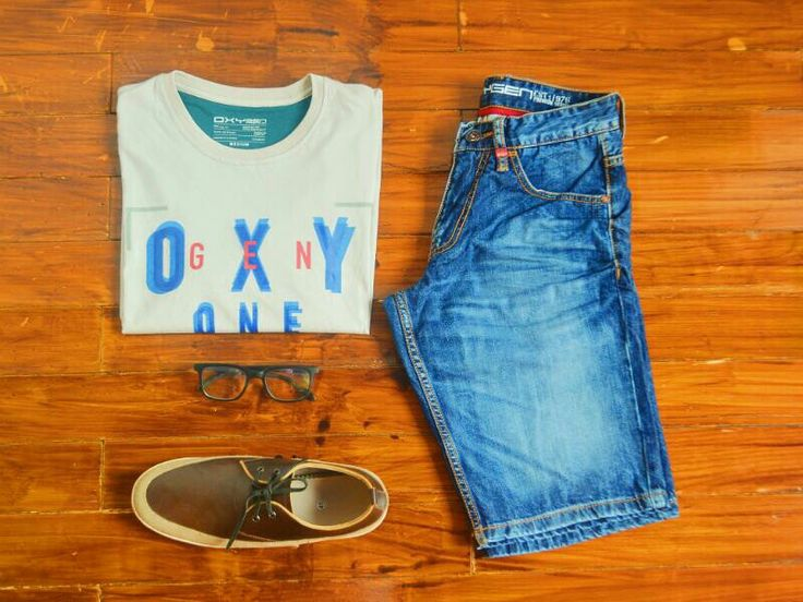 "Hari minggu ? Bingung cari outfit buat nyantai ? Males ke mall buat nyari ? Yuk download aplikasinya ""OXYGEN DENIM"" dan temukan outfit favotit kamu !!! Ceriakan harimu bersama OXYgen.. #oxygenjeansindonesia #oxygendenimindonesia #ootdoxygen #cintaiprodukdalamnegeri"