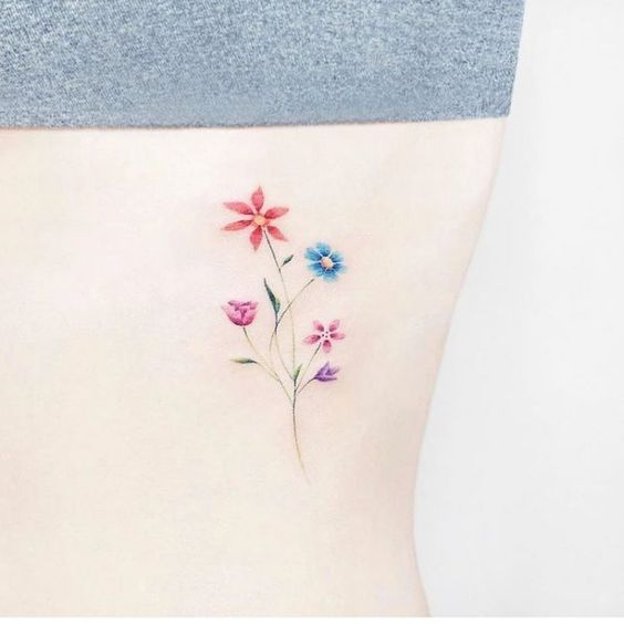 87 Tatuajes De Flores Para Mujerfotos Significado Tatuajes