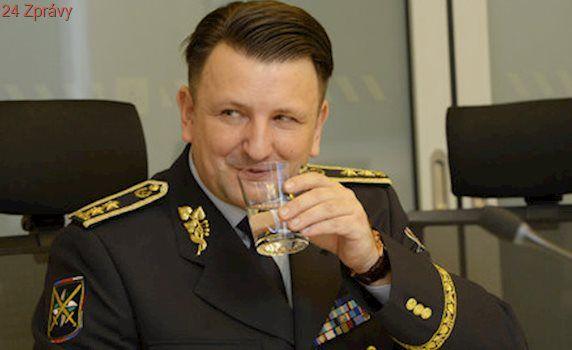 Trapas: Policejní prezident Tuhý zveřejnil velikonoční básničku! Sklidil smích a utahování