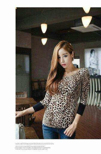 Rp. 100.000 21369 - Slim Leopard (S, M, L, XL)  Silk Cotton S Length 65 bust 82 M Length 66 bust 86 L Length 61 bust 90 XL Length 62 bust 94 Review: good, soft : medium++, thcik: medium- , elastic: medium