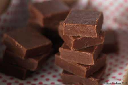Claras mjuka chokladkola med apelsinsmak