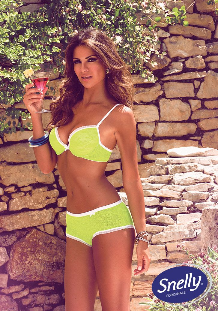 Flash in the #Night Snelly Intimo #Spring #Summer Collection with Alessia Ventura.