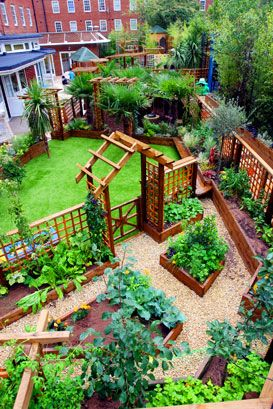 Similar to the idea we had for our garden (Although mine will be more vibrant I think :))