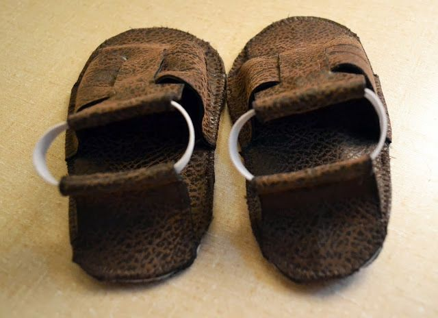 Feather's Flights {a creative, sewing blog}: Free Sandals Sewing Pattern and Tutorial