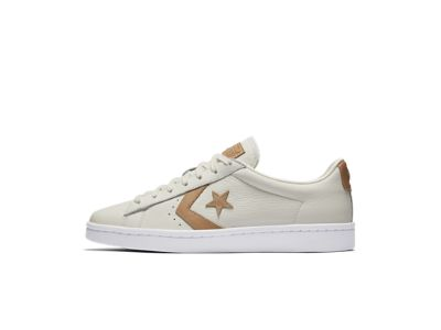 Converse Pro Leather '76 Tumbled Leather Low Top Men's Shoe