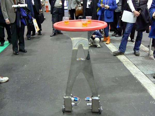 Being Served by Robots - This Radio-Controlled Table Replaces Restaurant Waitstaff (VIDEO)