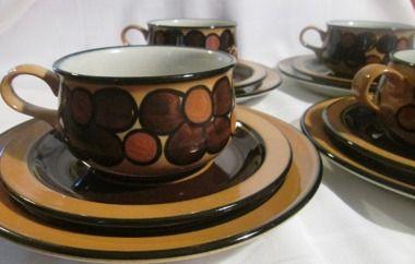Arabia Finland, Atelje, designer Winquist 1970s Huuto.net 110e 4 cups and 8 plates