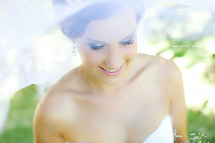 Bridal hair and airbrush make-up by Adri Hugo