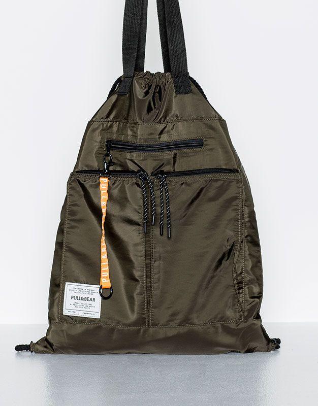 Pull&Bear - hombre - mochilas y carteras - mochila verde con asa - kaki…