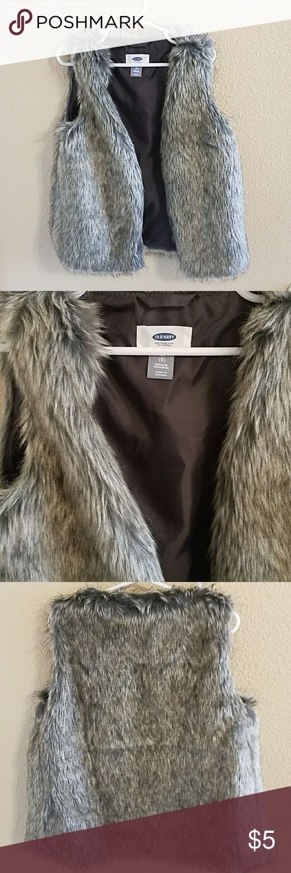 Old Navy Faux Fur Vest Girls Size 8 So Cute! Old Navy Girls Faux Fur Vest NWOT Size 8 Excellent  Condition Never Worn Old Navy Jackets & Coats Vests