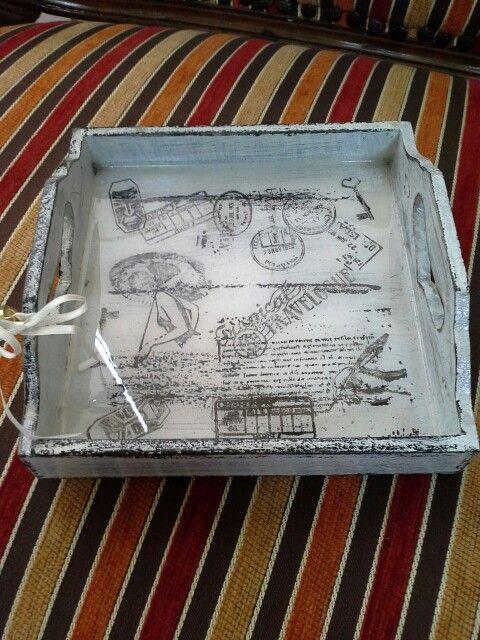 Fuente con resina y sellos vintage, tenica de decapado, de Danas Blumen, Lima Peru