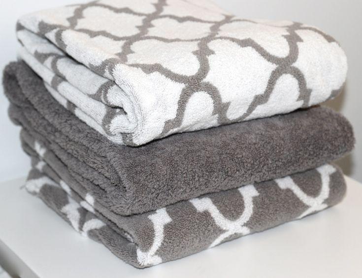 Pretty bath towels ~ Love the trellis pattern bath towels