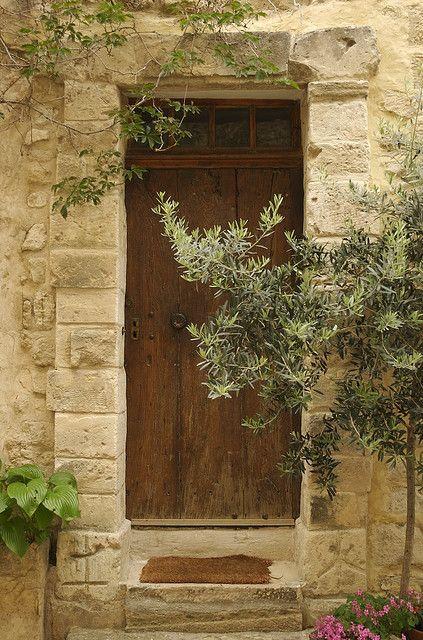 Provence house entrance