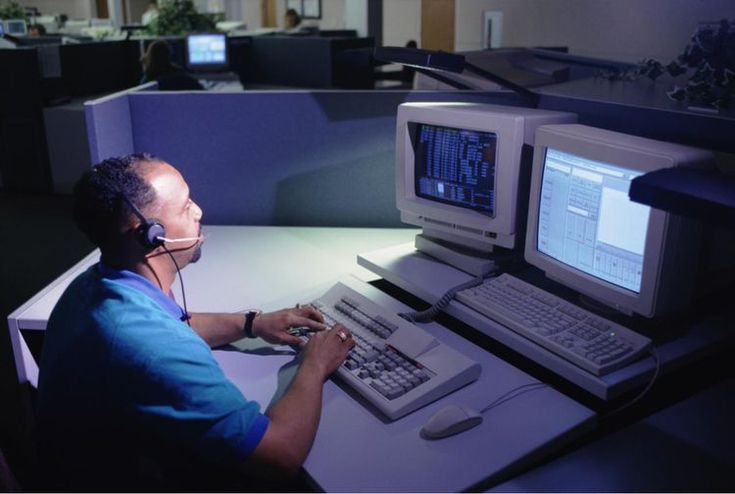 What You Need to Know About a Career As a Police Dispatcher - dispatcher duties