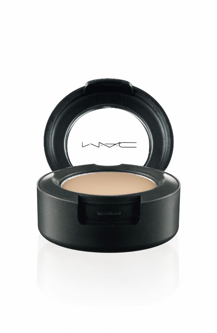 Mac Eyeshadow For Base Of Lid, To Make Small Eyes Appear Bigger Naked Lunch  Apply