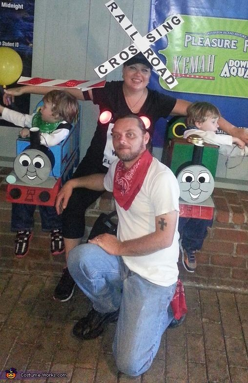 thomas and friends family costume - Diaper Costume Halloween