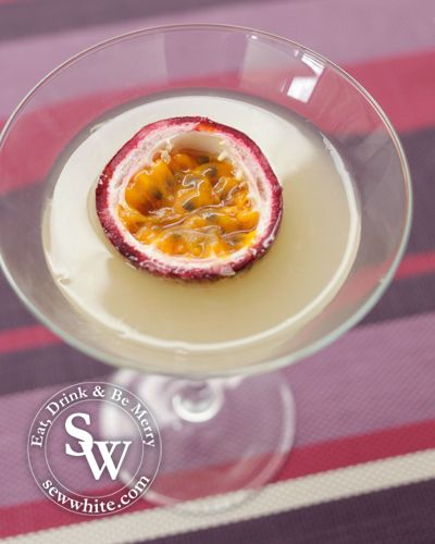Passion fruit daiquiri, summer cocktails, cocktails, drinks, daiquiri, passion fruit daiquiri recipe