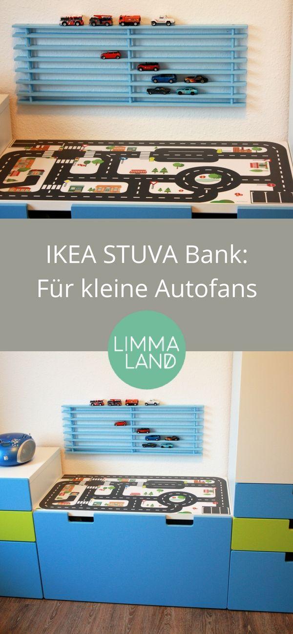 IKEA STUVA Hack: Die Kinderbank aus der STUVA Serice von IKEA verwandelt sich mit der passenden Spielfolie in eine Stadt für kleine Autofans. Ein Teil des IKEA Schuhregals wird an der Wand zur passenden Autogarage. Super Hack und Idee fürs Kinderzimmer!