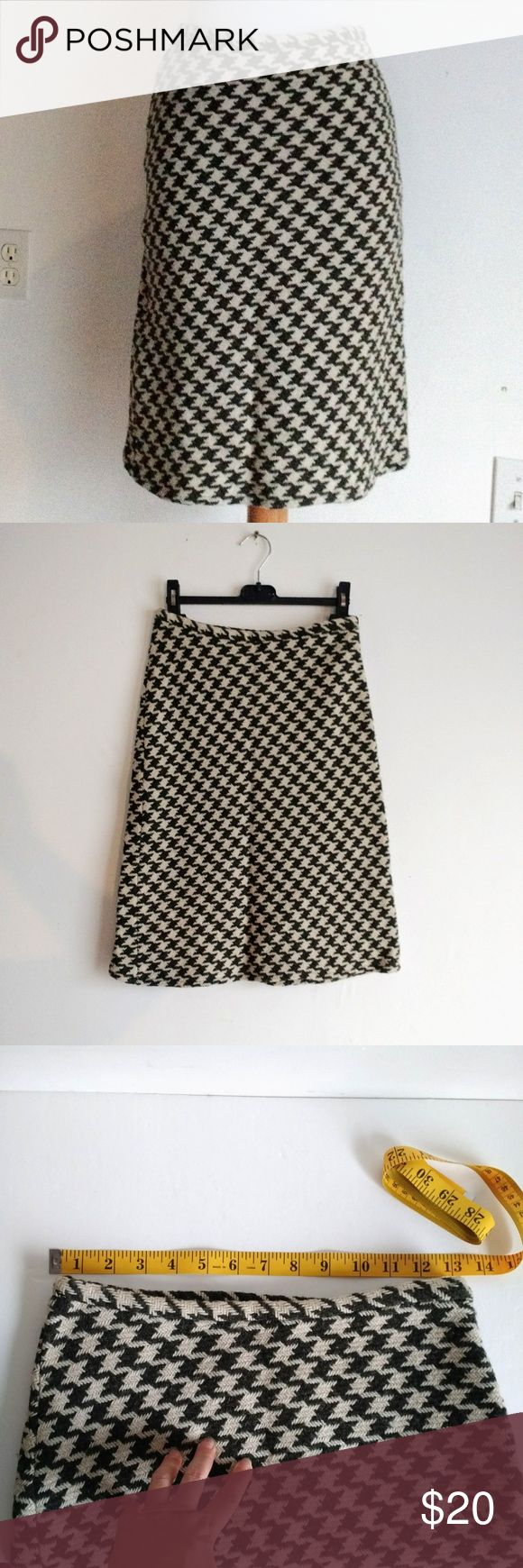 NAF NAF Olive Cream Houndstooth Wool skirt XS Naf Naf Paris fully lined A line midi skirt. Color is olive green and cream / off white / butter . Bought in Europe.. Readily shrunk :-) fits XS, sizes 2 and 0 (here shown on size 2 mannequin).  See measurements. NAF NAF Skirts Midi