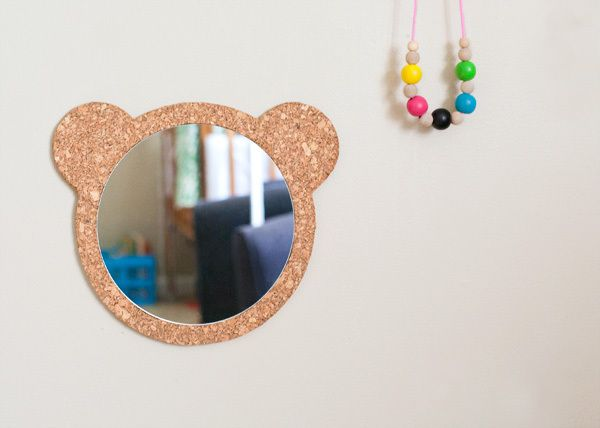 DIY Cork Bear Mirror | Hellobee