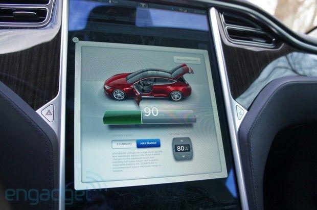 Elon Musk produces Model S data logs, disputes New York Times Tesla review
