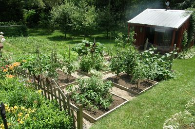 Prairie's Edge Farm: Vegetable Garden