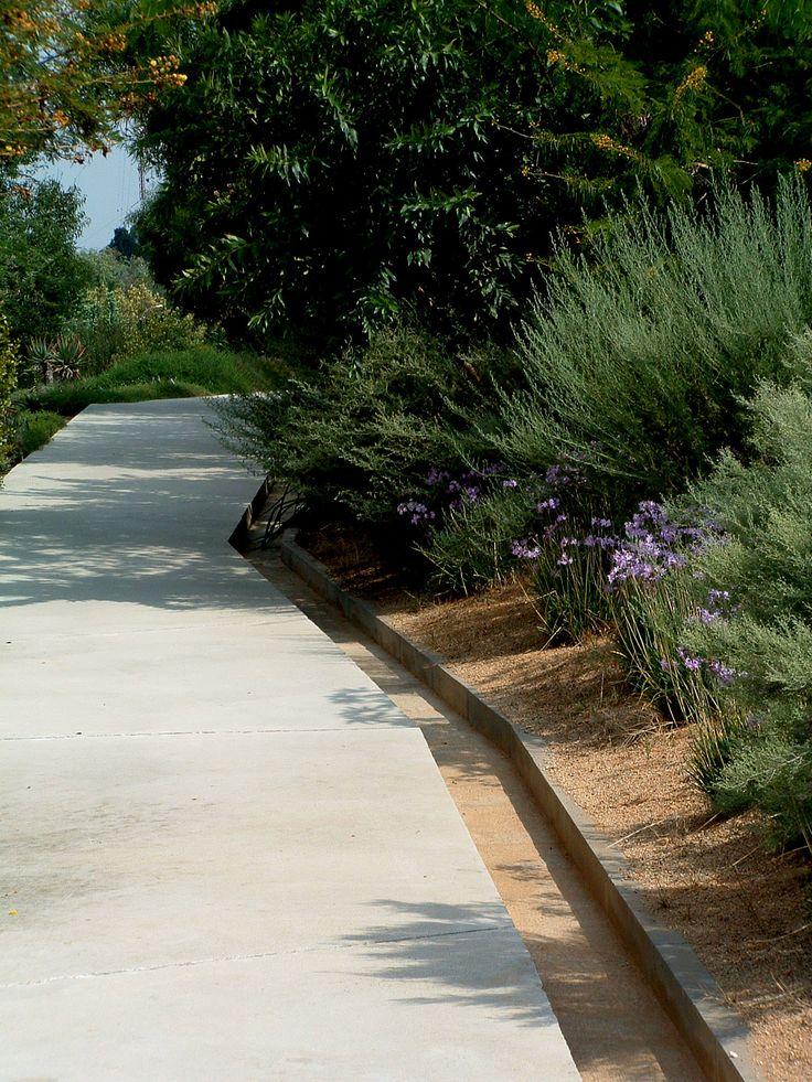 Botanical gardens, Barcelona: architects- Carles Ferrater and Josep Lluís Canosa, landscape architect-Bet Figueras
