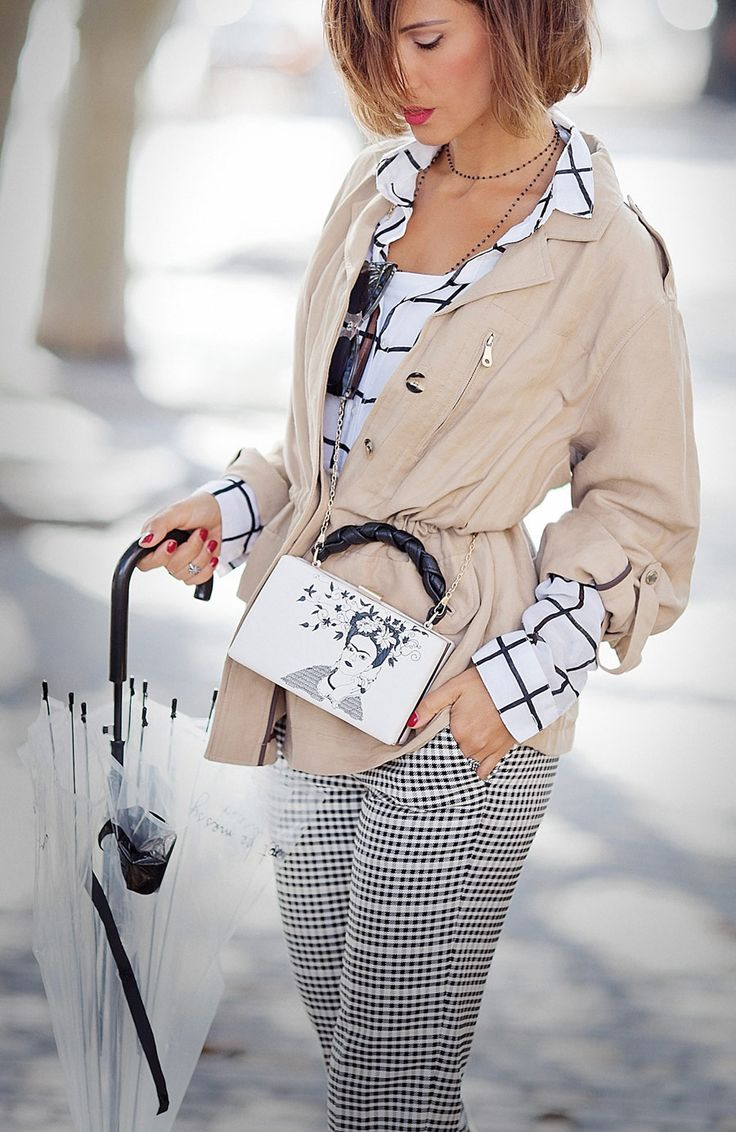 parka jacket outfit, umbrella outfits, mix of prints,