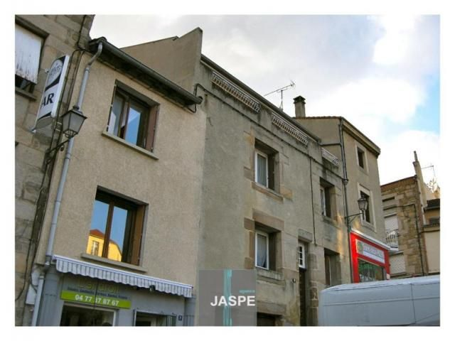 Dans Le Centre De St Jean Bonnefonds Immeuble Pour Investisseur En R 2 Fond De Commerce Plus Deux Apparte En 2020 Immeuble A Vendre Immeuble Appartement Traversant
