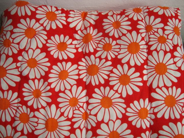 Retro Danish quilt from the 60s. #trendyenser #retro #danish #quilt #1960 #dansk #vattæppe From www.TRENDYenser.com. SOLGT/SOLD.