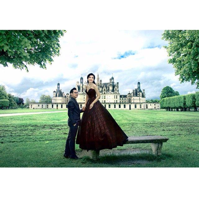 Prewedding of Vincent & Alina . Photo : @andy_chandra @iclickphotograph  Makeup : @shanizebuchori .  #iclickphotographbeauty #iclickphotograph #prewedding #engagement #love #weddingphotography