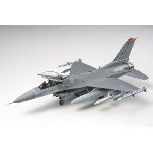 Tamiya F-16 CJ Fighting Falcon - 1:48
