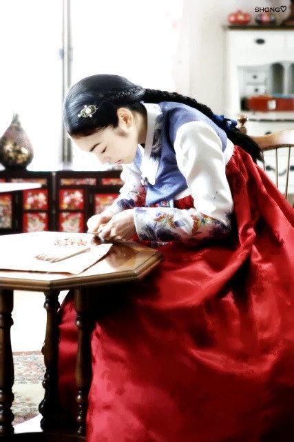 .Korean Hanbok.